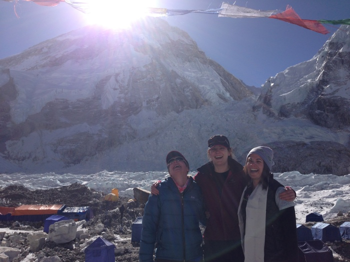 With 2013 Everest ER Docs Kirsty Watson and Suzi Mackenzie